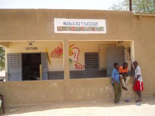 Une bibliothèque au Sénégal